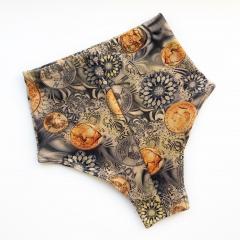 Шорты с высокой талией с монетами и серыми цветами Vasalisa